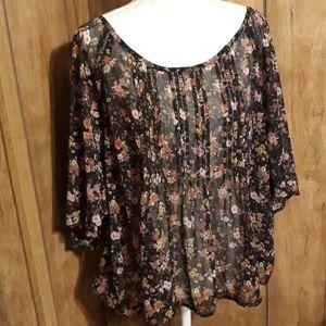 American Rag ladies blouse